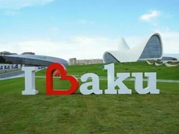 City sightseeing tour and walking tour of the historical center in Baku/ Обзорно-познавательная автоэкскурсия по городу и пешая экскурсия по историческому центру в Баку