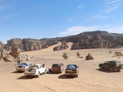 4x4 tour: Authentic Algerian desert