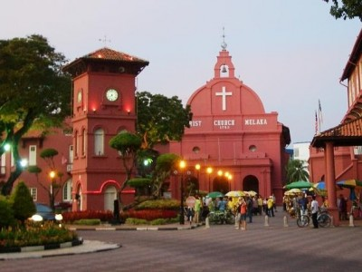 Luxury private day tour: Kuala Lumpur and Malacca from Singapore (6:00AM pickup)