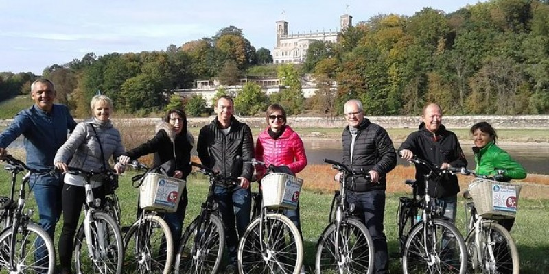 Dresden Highlights - Big city tour with bike