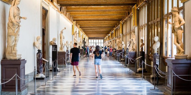 Semi Private Uffizi Gallery Guided Tour with Skip-the-Line