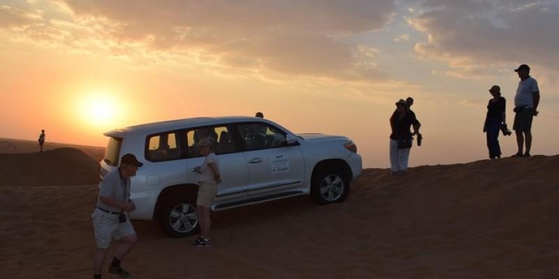 Desert Safari Tour and BBQ Dinner from Dubai