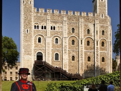 Royal London Walking Tour: Early Access Tower of London & Changing of The Guard
