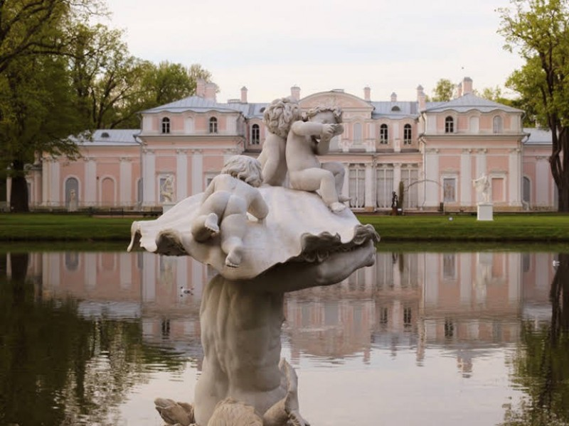 Individual excursions and tours to Saint-Petersburg Russia