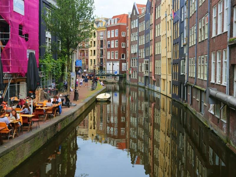 Maastricht, the city in which d'Artagnan died and Europe was born / Маастрихт, город в котором погиб д'Артаньян и родилась Европа