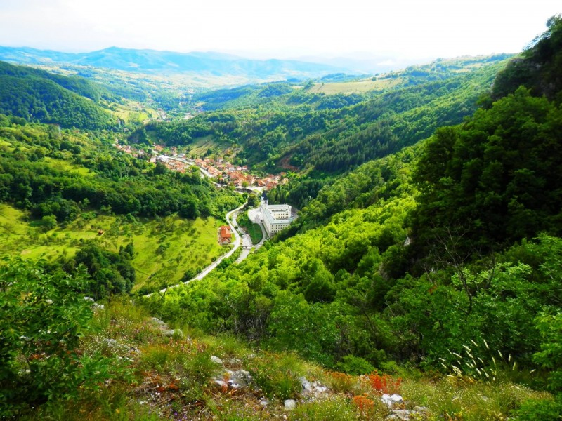 All seasons 11 days Bosnia discovery non-touristy tour from Sarajevo. Monterrasol Travel private tour by car. Off the beaten path travel to Medieval land of Bosnia.