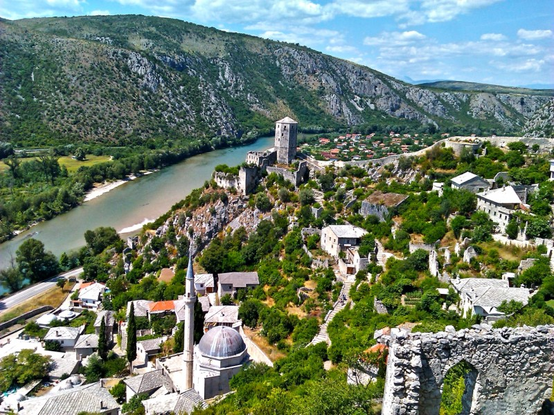 All seasons 9 days Bosnia discovery non-touristy tour from Mostar. Monterrasol Travel private tour by car. Off the beaten path travel to Medieval land of Bosnia.