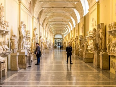 Vatican VIP Experience: Exclusive Breakfast at the Vatican with Early Access to Vatican Museum and Sistine Chapel